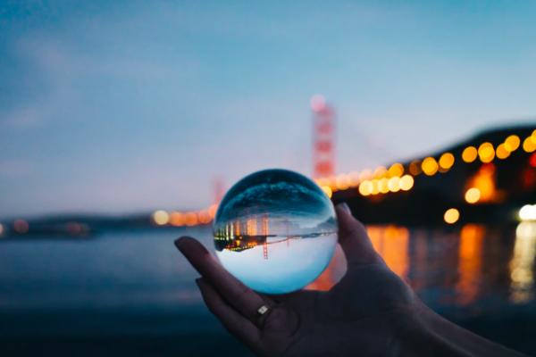 Pourquoi nous sommes tous psychiques et comment nous pouvons nous éveiller, accéder et utiliser nos plus beaux cadeaux