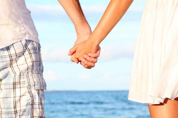 Les liens qui unissent: comment nos réseaux interrompent nos relations