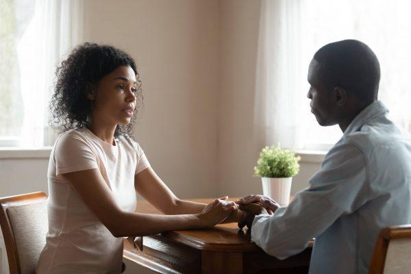 Que faire lorsque votre partenaire se présente à vous
