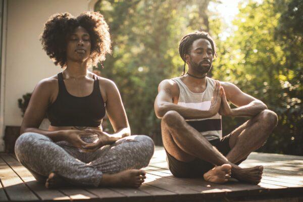 Comment améliorer l'intimité avec des pratiques intentionnelles