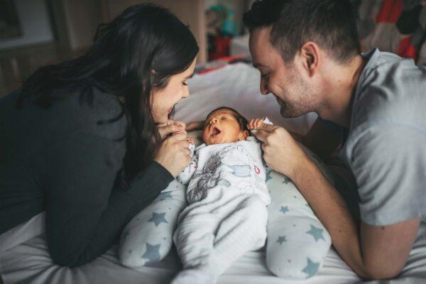 De toi et moi à trois : devenir de nouveaux parents